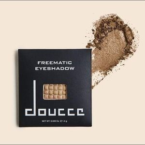 5/$15 SALE NEW Doucce Lot Of Two (2) Eyeshadow